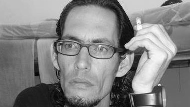 poeta-cubano-Geovannys-Manso-FACEBOOK_CYMIMA20150430_0005_16